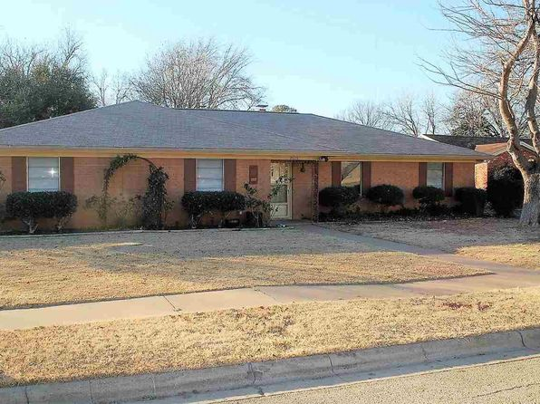 5 bed 3 bath Single Family at 2820 Lansing Blvd Wichita Falls, TX, 76309 is for sale at 173k - 1 of 30