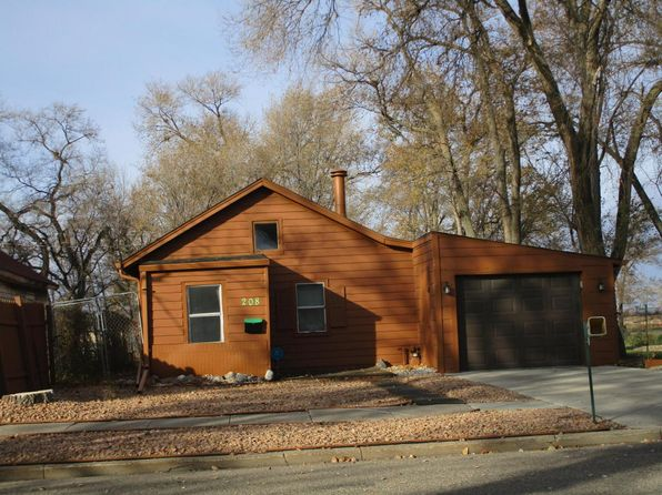 1 bed 1 bath Single Family at 208 S 8th St Aberdeen, SD, 57401 is for sale at 40k - 1 of 12