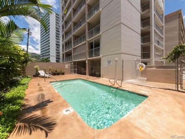 2 bed 1 bath Townhouse at 1137 Wilder Ave Honolulu, HI, 96822 is for sale at 359k - 1 of 23