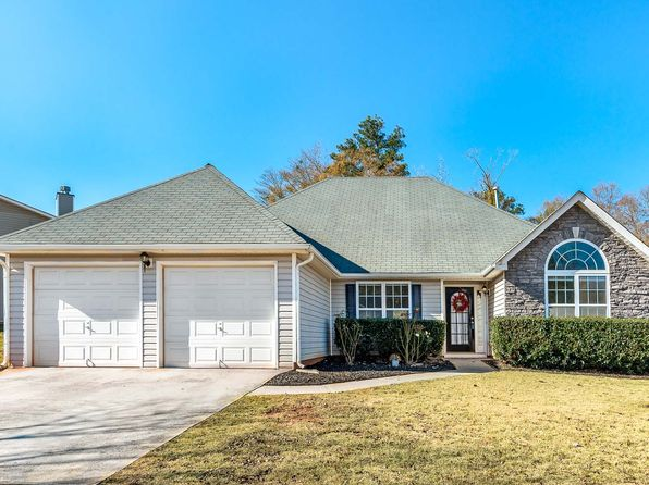 4 bed 3 bath Single Family at 527 ROSALIND TER LOCUST GROVE, GA, 30248 is for sale at 157k - 1 of 24