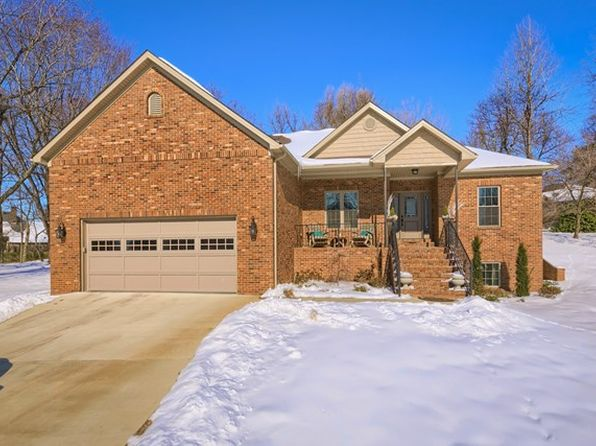 5 bed 3 bath Single Family at 1201 Hickory Ln Owensboro, KY, 42303 is for sale at 400k - 1 of 33