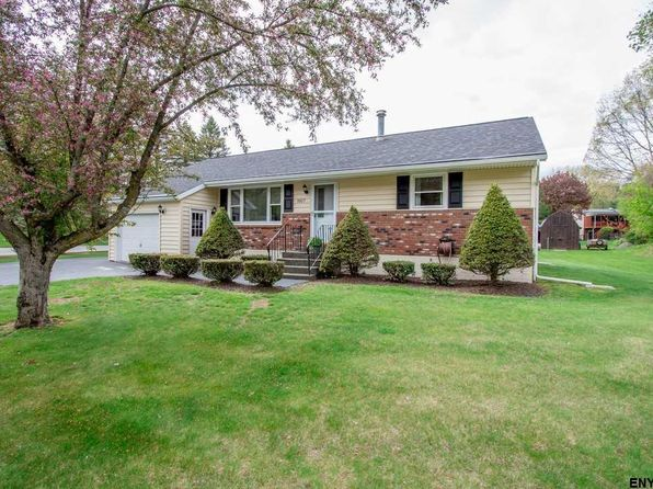 3 bed 1 bath Single Family at 1027 Gates Dr Schenectady, NY, 12306 is for sale at 180k - 1 of 25