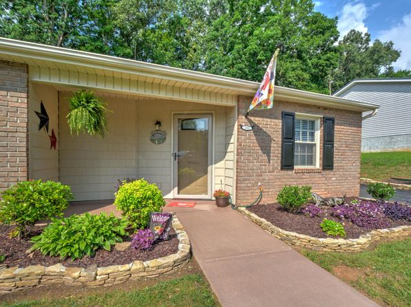 2 bed 2 bath Single Family at 242 Doe Run Blvd Clinton, TN, 37716 is for sale at 135k - 1 of 25
