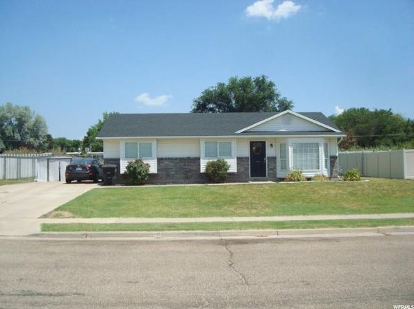 3 bed 1 bath Single Family at 415 N 360 W Clearfield, UT, 84015 is for sale at 195k - 1 of 15