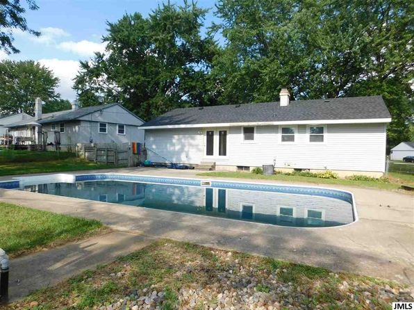 3 bed 1 bath Single Family at 5551 Dogwood St Jackson, MI, 49201 is for sale at 120k - 1 of 10