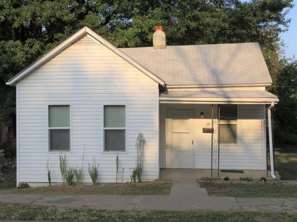 2 bed 1 bath Single Family at 117 S 21st St Saint Joseph, MO, 64501 is for sale at 49k - 1 of 13