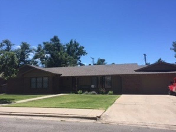 3 bed 3 bath Single Family at 1927 Eton Dr Perryton, TX, 79070 is for sale at 225k - 1 of 23