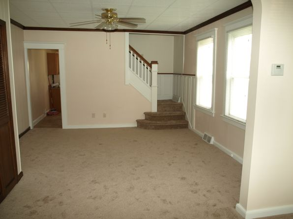 3 bed 2 bath Single Family at 924 Wood St Bethlehem, PA, 18018 is for sale at 128k - 1 of 41