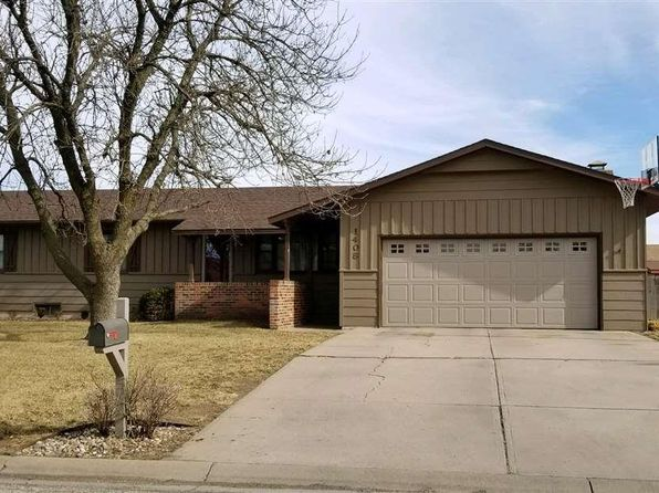 4 bed 3 bath Single Family at 1408 TOMBO CT MCPHERSON, KS, 67460 is for sale at 220k - 1 of 25