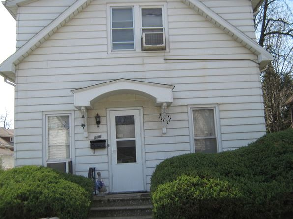 3 bed 2 bath Multi Family at 406 Bridge St Joliet, IL, 60435 is for sale at 105k - 1 of 12