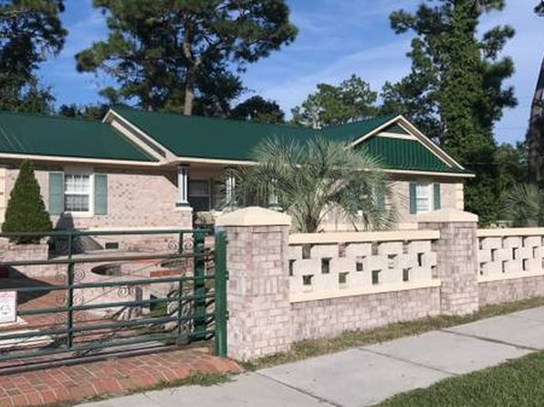 3 bed 2 bath Single Family at 5209 Hunters Trl Wilmington, NC, 28405 is for sale at 225k - 1 of 5