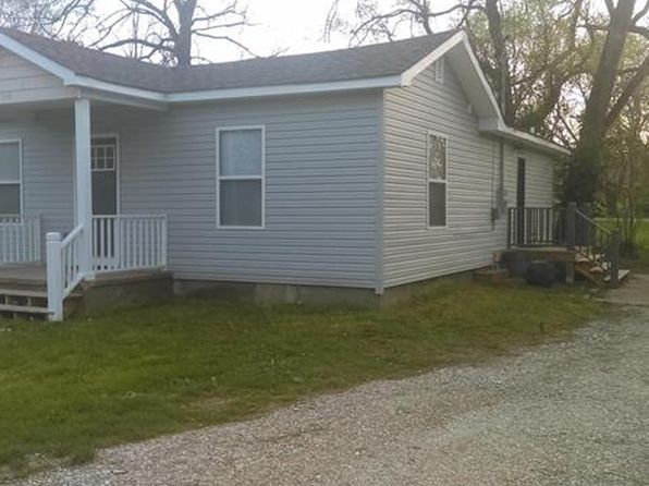 2 bed 2 bath Single Family at 406 S Bond St Cuba, MO, 65453 is for sale at 68k - 1 of 15