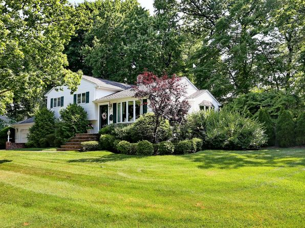 3 bed 2 bath Single Family at 21 Prospect Ave Montvale, NJ, 07645 is for sale at 555k - 1 of 27