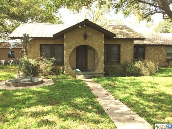 3 bed 3 bath Single Family at 2843 US Highway 281 Blanco, TX, 78606 is for sale at 315k - 1 of 32