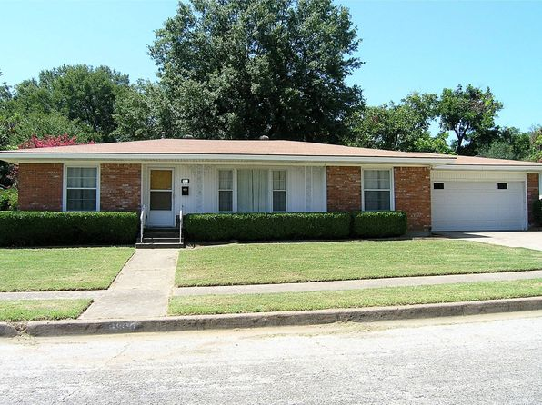 2 bed 2 bath Single Family at 6800 Hightower St Fort Worth, TX, 76112 is for sale at 120k - 1 of 33