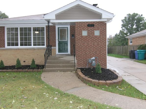 5 bed 2 bath Single Family at 501 High Ridge Rd Hillside, IL, 60162 is for sale at 260k - 1 of 15
