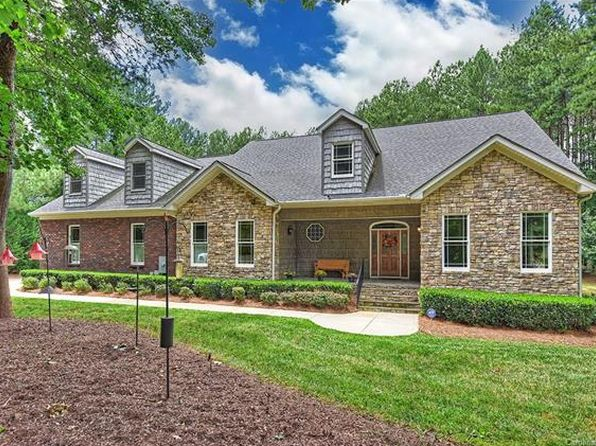 3 bed 4 bath Single Family at 2563 Berne Ln Sherrills Ford, NC, 28673 is for sale at 470k - 1 of 24