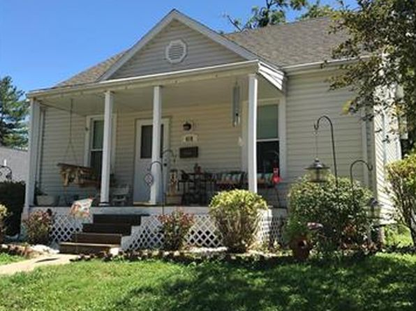 3 bed 1 bath Single Family at 418 Plum St Edwardsville, IL, 62025 is for sale at 88k - 1 of 18