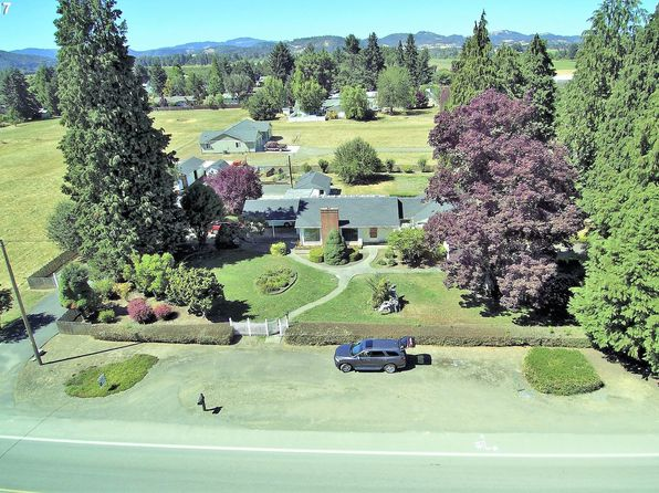 3 bed 2 bath Single Family at 1493 Melrose Rd Roseburg, OR, 97471 is for sale at 325k - 1 of 32