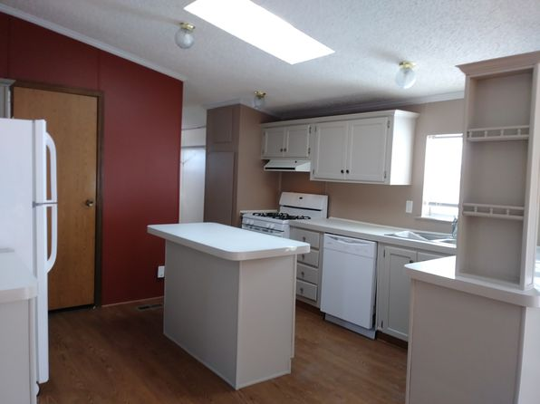 3 bed 2 bath Mobile / Manufactured at 1114 Wiltshire Dr Lapeer, MI, 48446 is for sale at 33k - 1 of 26