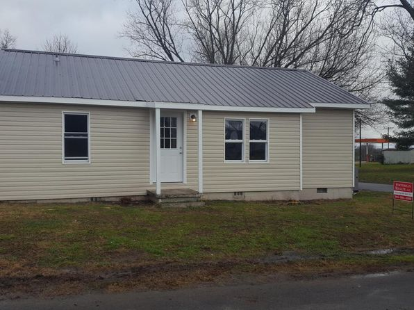 2 bed 1 bath Single Family at 209 WALNUT ST GREENBACK, TN, 37742 is for sale at 110k - 1 of 11