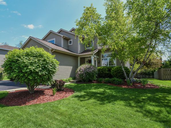 4 bed 3 bath Single Family at 1172 Sweetwater Rdg Lake In the Hills, IL, 60156 is for sale at 237k - 1 of 24