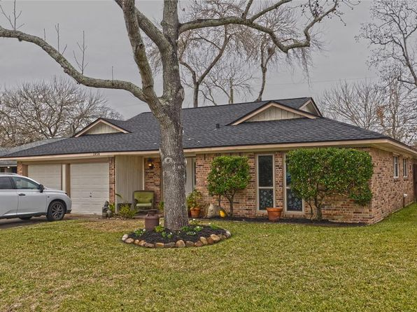 3 bed 2 bath Single Family at 1856 Aspen Ln Seabrook, TX, 77586 is for sale at 185k - 1 of 17