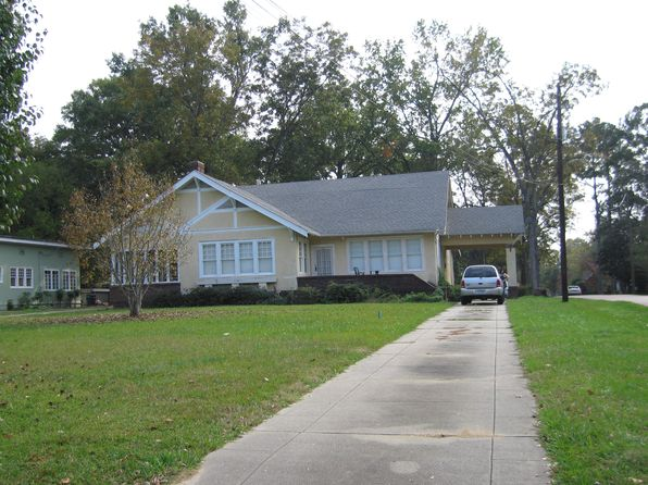3 bed 2 bath Single Family at 402 E Peace St Canton, MS, 39046 is for sale at 189k - 1 of 20