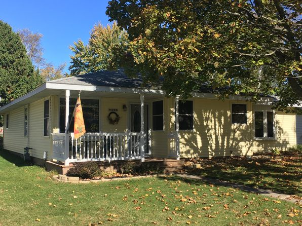 3 bed 1 bath Single Family at 944 Superior St Sturgeon Bay, WI, 54235 is for sale at 133k - 1 of 15