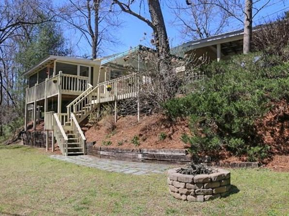 2 bed 2 bath Single Family at 25 River Oaks Dr Hayesville, NC, 28904 is for sale at 239k - 1 of 31