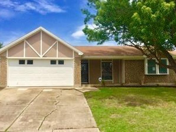 3 bed 2 bath Single Family at 905 Highcrest Ct Arlington, TX, 76017 is for sale at 183k - google static map