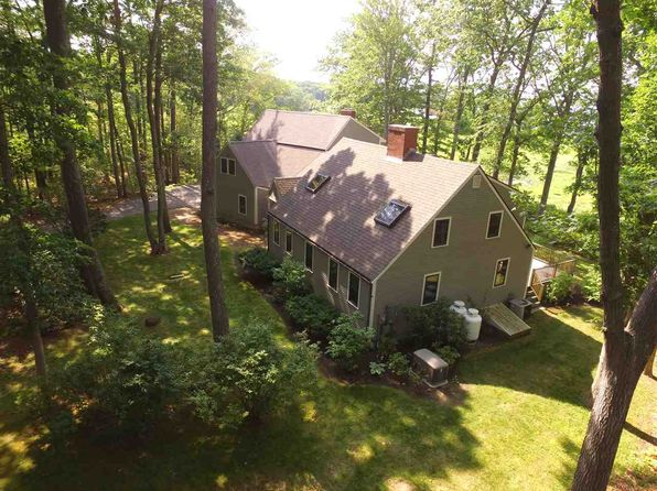 5 bed 5 bath Single Family at 4 Bayview Ter Greenland, NH, 03840 is for sale at 699k - 1 of 36