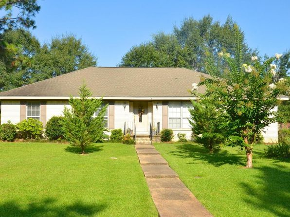 4 bed 3 bath Single Family at 613 Cox Ave Hattiesburg, MS, 39402 is for sale at 170k - 1 of 25