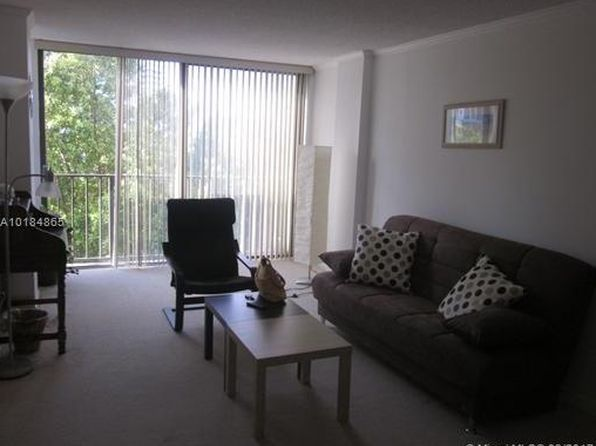 1 bed 1.5 bath Condo at 16909 N Bay Rd Sunny Isles Beach, FL, 33160 is for sale at 165k - 1 of 17
