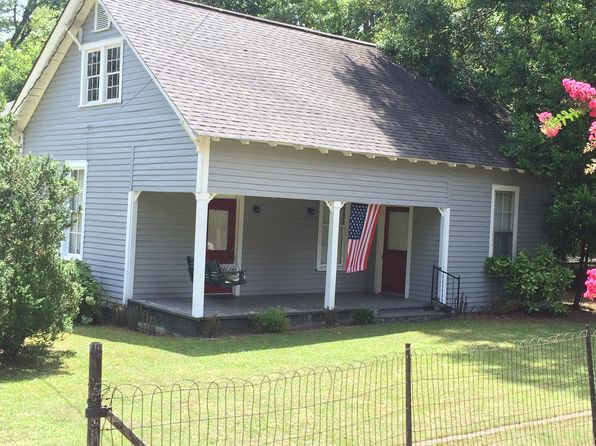 3 bed 2 bath Single Family at 203 N Walnut St Greensboro, GA, 30642 is for sale at 90k - 1 of 21