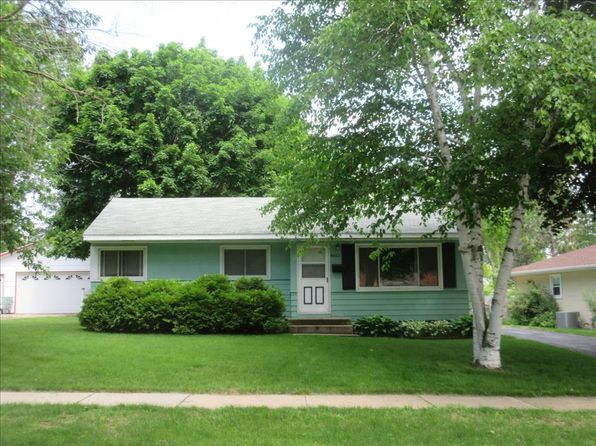 3 bed 1 bath Single Family at 4402 Dakota Dr Madison, WI, 53704 is for sale at 179k - 1 of 12