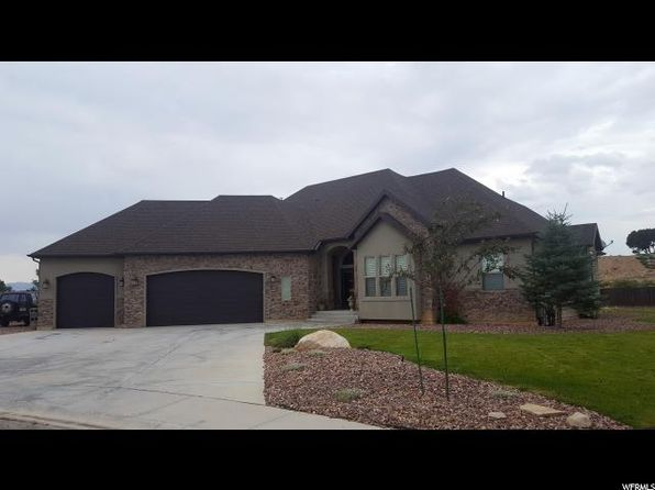 3 bed 3 bath Single Family at 125 E 1875 S Vernal, UT, 84078 is for sale at 362k - 1 of 26