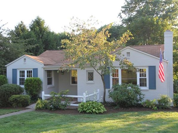 3 bed 2 bath Single Family at 82 Southern Hilands Dr Pittsburgh, PA, 15241 is for sale at 225k - 1 of 24