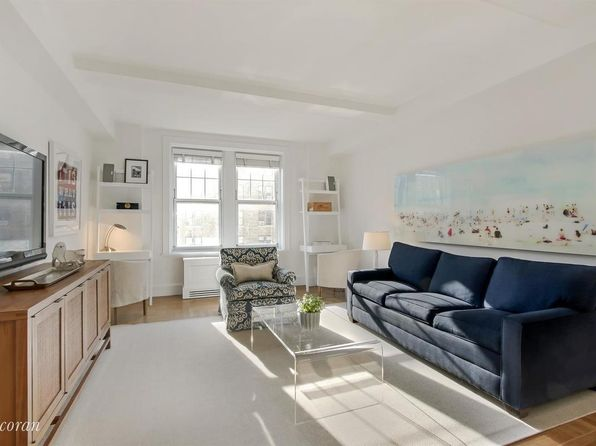 2 bed 2 bath Condo at 27 W 72nd St New York, NY, 10023 is for sale at 2.26m - 1 of 8