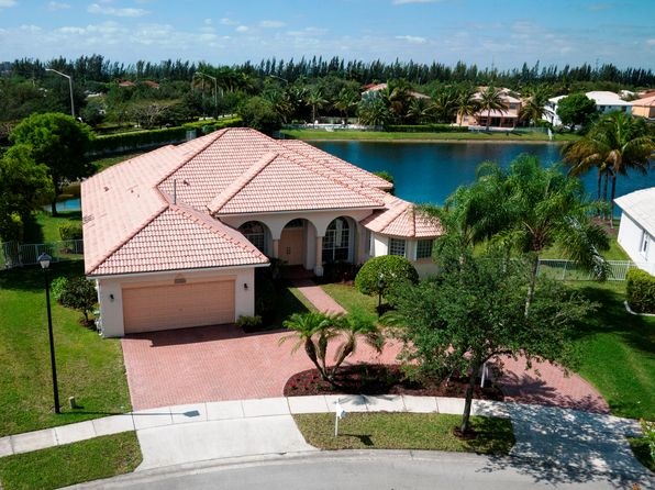 5 bed 3 bath Single Family at 12520 NW 20th St Hollywood, FL, 33028 is for sale at 560k - 1 of 46