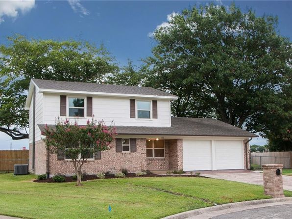 5 bed 2 bath Single Family at 106 Apache Ct Waxahachie, TX, 75165 is for sale at 210k - 1 of 22