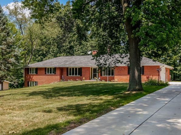 3 bed 3 bath Single Family at 5050 Wallbrook Ct West Bloomfield, MI, 48322 is for sale at 325k - 1 of 27