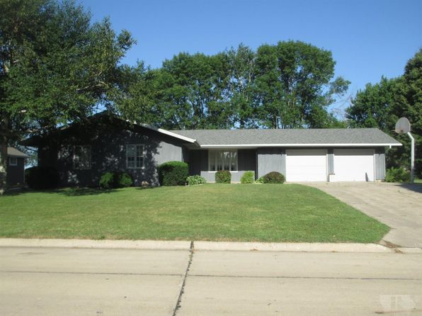 4 bed 2 bath Single Family at 435 11th Ave NE Sioux Center, IA, 51250 is for sale at 215k - 1 of 29