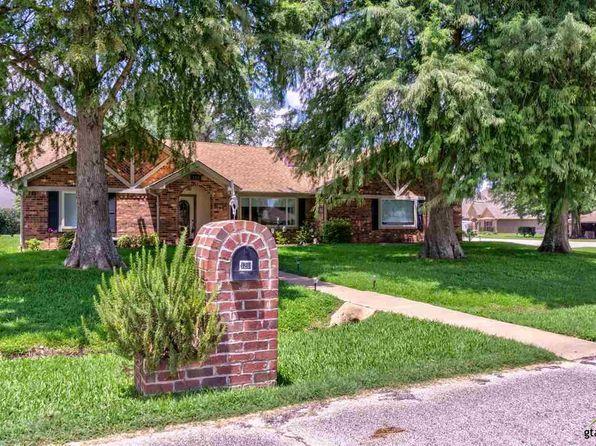 3 bed 2 bath Single Family at 126 Fairway Dr Bullard, TX, 75757 is for sale at 250k - 1 of 24