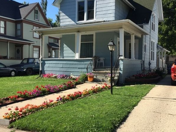 4 bed 2 bath Single Family at 387 W Park Ave Aurora, IL, 60506 is for sale at 152k - 1 of 14