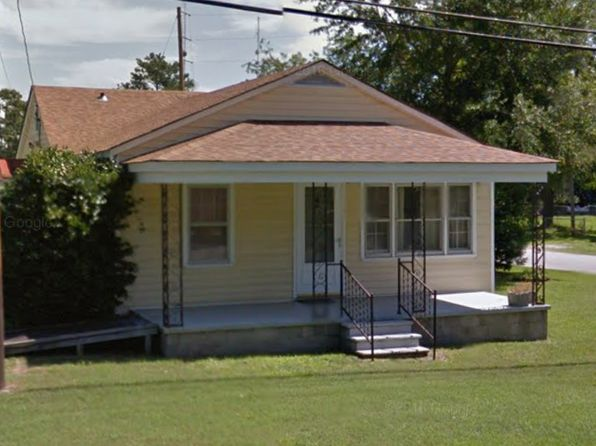 3 bed 1 bath Single Family at 3200 Oaks Rd New Bern, NC, 28560 is for sale at 70k - 1 of 14