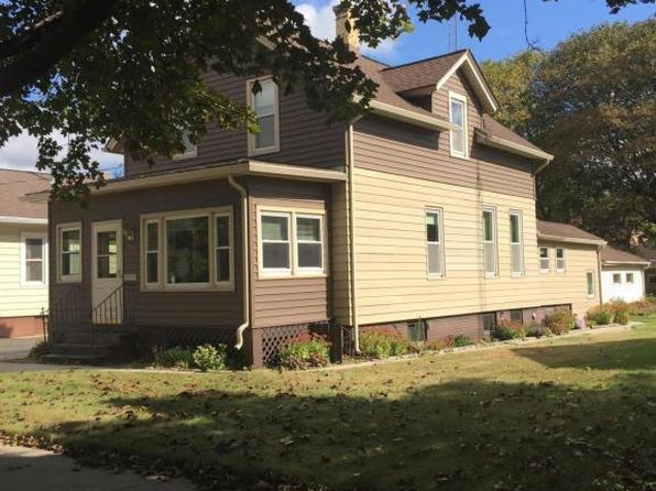 3 bed 2 bath Single Family at 855 N 12th St Manitowoc, WI, 54220 is for sale at 74k - 1 of 22