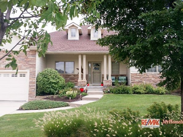4 bed 3 bath Single Family at 7420 Exbury Rd Lincoln, NE, 68516 is for sale at 434k - 1 of 55