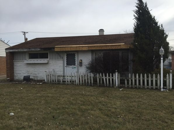 2 bed 1 bath Single Family at 17313 Greenbay Ave Lansing, IL, 60438 is for sale at 20k - 1 of 3