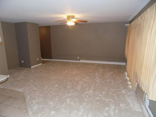 2 bed 1 bath Single Family at 201 Evergreen St Vestal, NY, 13850 is for sale at 55k - 1 of 9